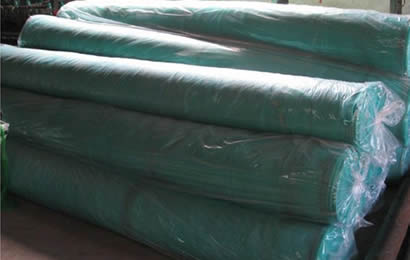 7 rolls green anti hail net packed with plastic bags